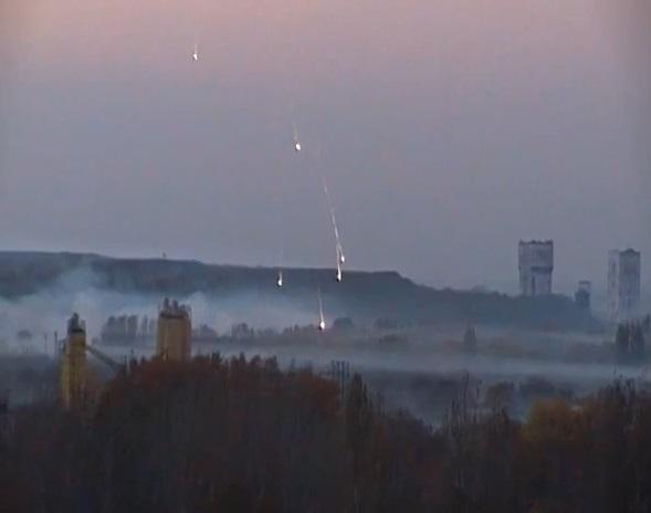 Smoke-Grenads-at-Oktyabrskaya.jpg